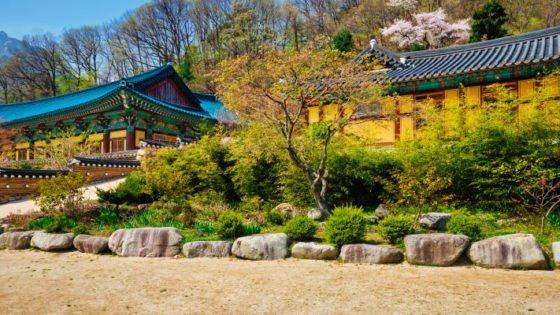 sinheungsa tempel seoraksan national park